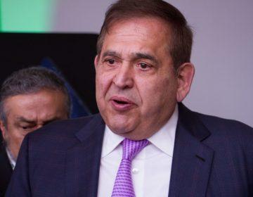 Llega a México exdirector de Altos Hornos, Alonso Ancira, por caso de corrupción en Pemex
