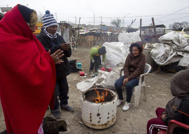 Al menos ocho muertos y cortes de energía por la ola de frío en México