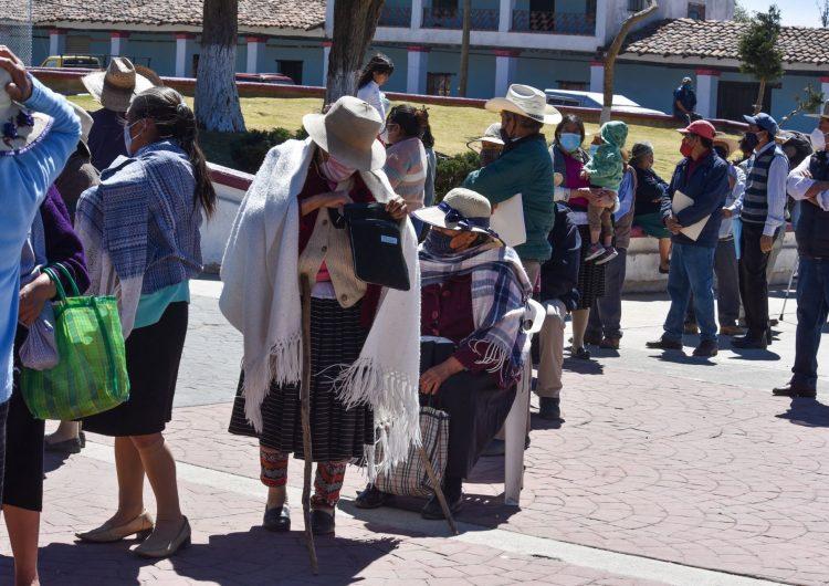 México suma 1 millón 995,892 contagios de COVID-19; de estos, 56,691 son casos activos