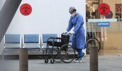 Se acumulan 8,462 casos nuevos de COVID-19 y 877 muertes