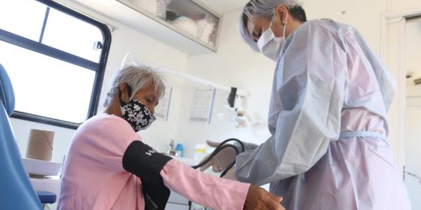 Inicia registro de vacunación contra el COVID-19 para adultos mayores en BC