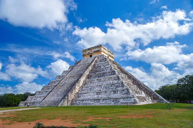 Reabren playas, pero cierran Chichén Itzá