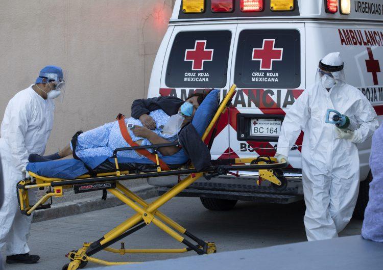 Más del 60% de los traslados de Cruz Roja Tijuana son a hospitales COVID