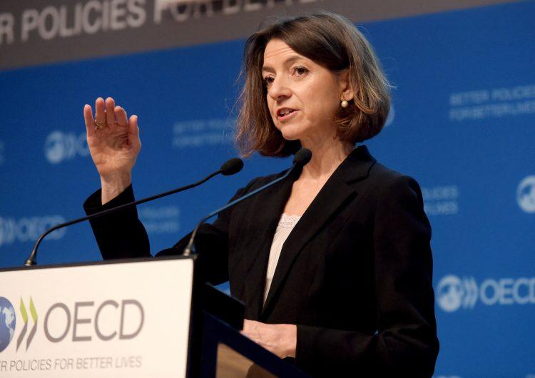OCDE aumenta estimación de crecimiento mundial al 5.6 % por despliegue de vacunas