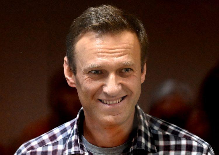 El opositor ruso Alexei Navalni denuncia que en la cárcel es sometido a tortura de sueño