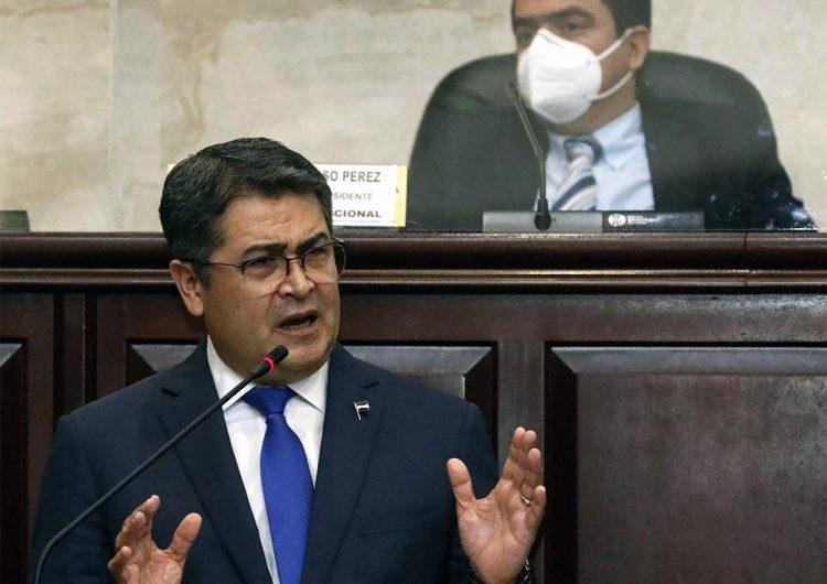 Presidente de Honduras ayudó a traficar toneladas de cocaína a EU: fiscal