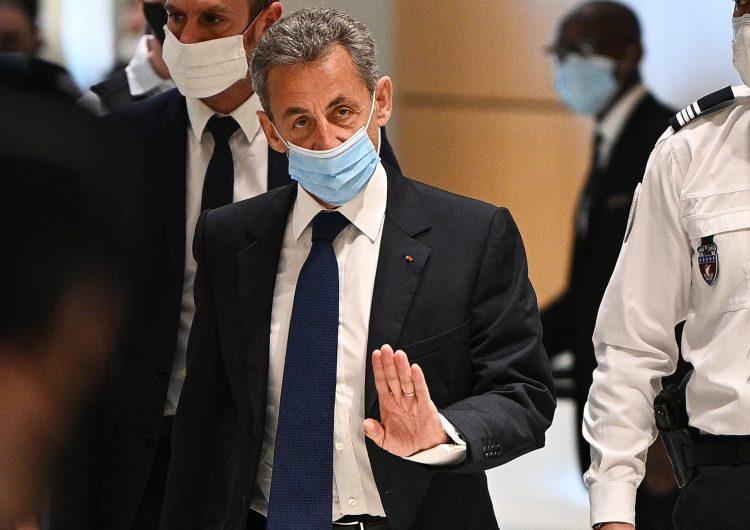Expresidente de Francia Nicolas Sarkozy es condenado a 3 años de cárcel por corrupción