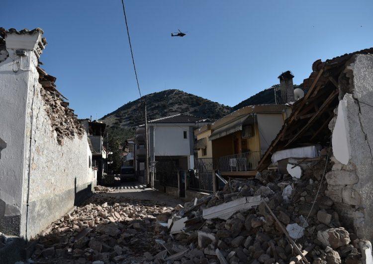 Al menos once heridos tras un sismo de magnitud 6.3 en Grecia