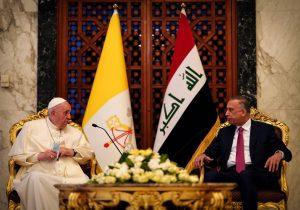 """""""Que callen las armas"""", reclama el papa en su histórica primera visita a Irak"""