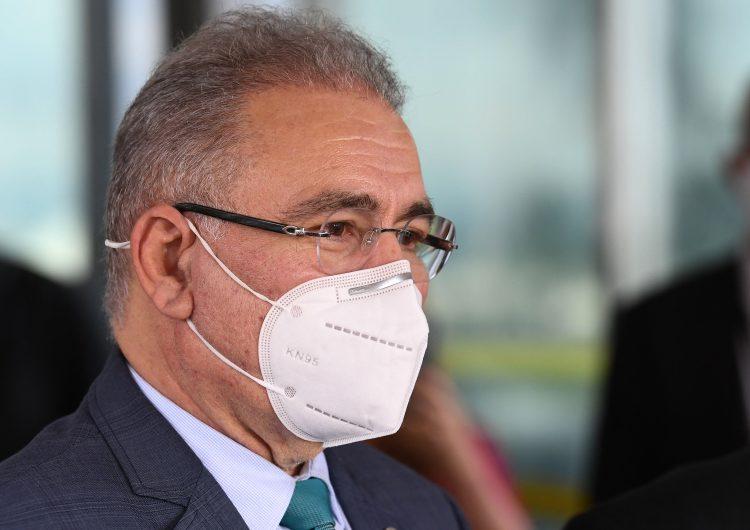 """Brasil: contrario a política de Bolsonaro, nuevo ministro de Salud pide """"distanciamiento social"""""""