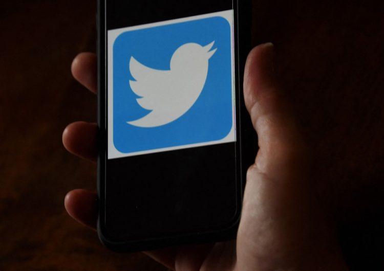Twitter consulta con sus usuarios sobre las reglas para los dirigentes mundiales