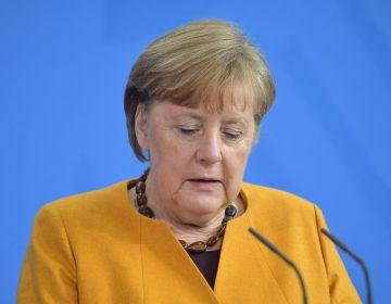 Merkel anuncia que cometió un error y pide perdón por endurecer restricciones contra el COVID-19