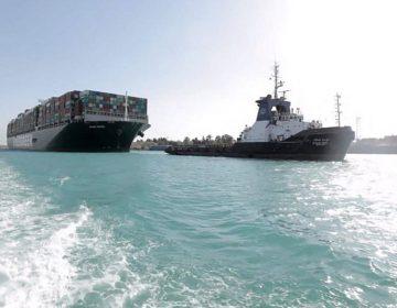 """Se reanuda el tráfico en el Canal de Suez tras ser desencallado el buque """"Even Given"""""""