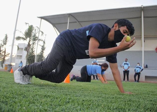 Capacitan a instructores deportivos de Jesús María