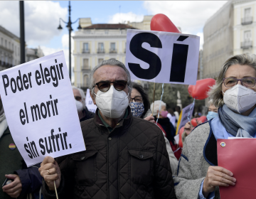 España: parlamento aprueba legislación que despenaliza la eutanasia