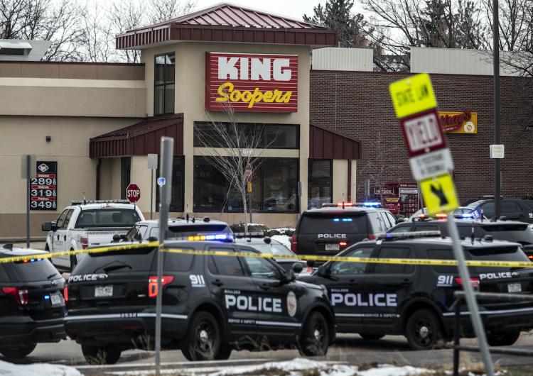 Diez muertos y un detenido, el saldo de un tiroteo en supermercado de Colorado