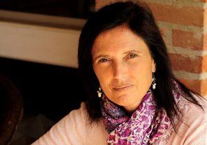 Cada sociedad hace lo suyo para que los crímenes contra mujeres sean tolerados: Claudia Piñeiro