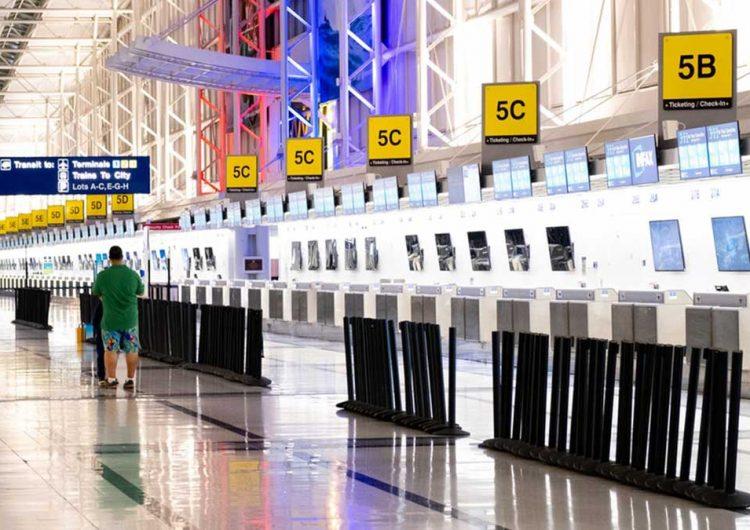 Se contrae turismo internacional 49% en enero: INEGI