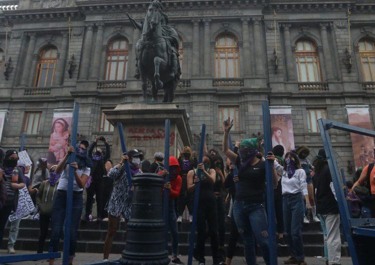 Oenegés llaman a AMLO a garantizar el derecho de niñas y mujeres a una vida sin violencias