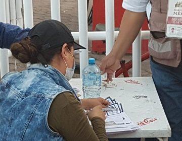 Es conveniente entregar fichas el día previo a la vacunación: Orozco