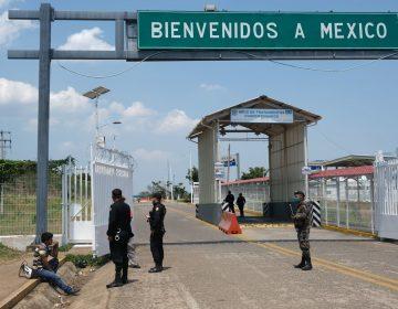 México anuncia restricciones en las fronteras norte y sur por COVID-19