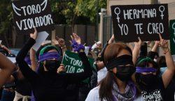Amnistía Internacional denuncia abusos policiales y estigmatización contra mujeres que…
