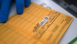OMS rechaza uso obligatorio del pasaporte de vacunación en viajeros…