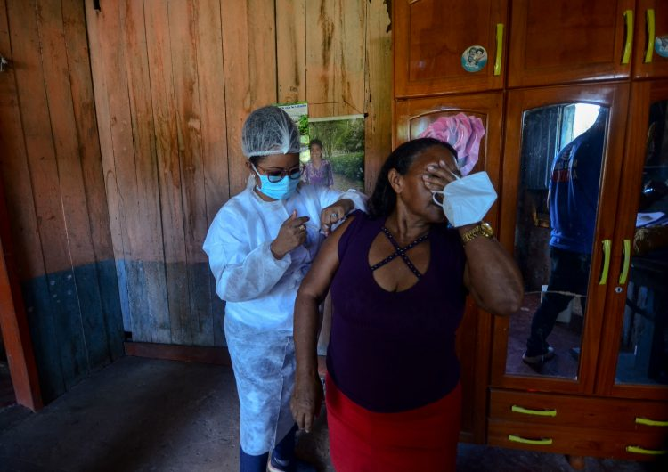 Brasil niega autorización de vacuna Sputnik V por considerar que 'faltan datos para verificar eficacia'