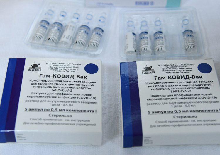 Tiempo entre primera y segunda dosis de la vacuna Sputnik V podría pasar de 21 días a 3 meses