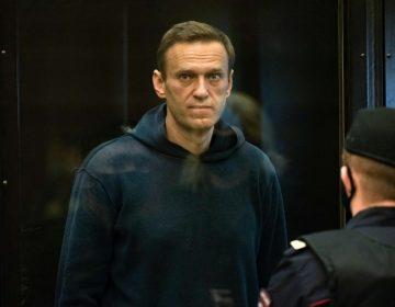Opositor ruso encarcelado Alexéi Navalni, pone fin a huelga de hambre