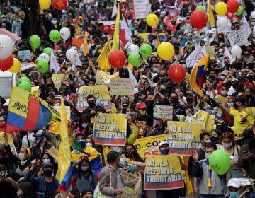 En fotos | Masivas protestas contra reforma tributaria en Colombia