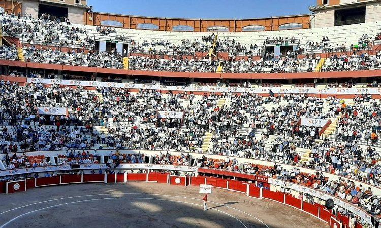 """Yo vi poquitos aficionados"", asegura gobernador tras reapertura de corridas de toros"