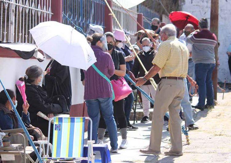 15 DE ABRIL. Arrancará vacunación anti Covid en 169 municipios de Puebla