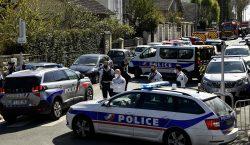 Francia: hombre mata a cuchilladas a mujer policía en presunto…