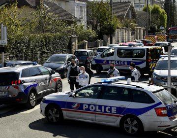 Francia: hombre mata a cuchilladas a mujer policía en presunto ataque terrorista