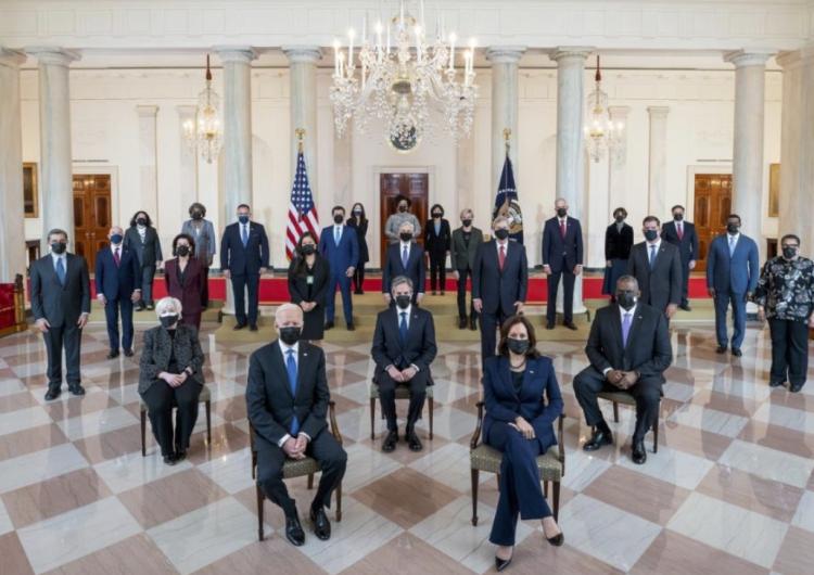 EU levanta sanciones impuestas por Trump a la Corte Penal Internacional; promete relación más colaborativa