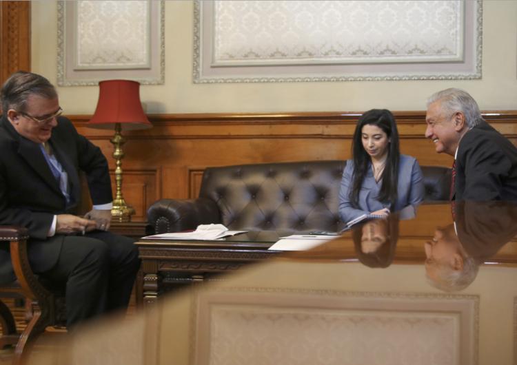 Kamala Harris y AMLO dialogan por primera vez; tráfico de personas, el tema