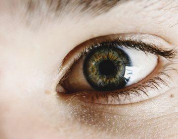 Expertos exhortan a diagnosticar oportunamente el daltonismo infantil