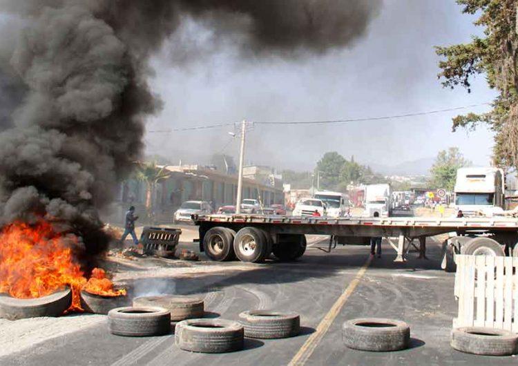 Ejidatarios de Tlahuapan bloquearon autopista a CDMX y Veracruz