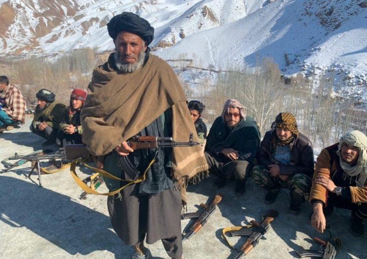 Al menos 25 muertos y 60 heridos por atentado coche bomba en Afganistán