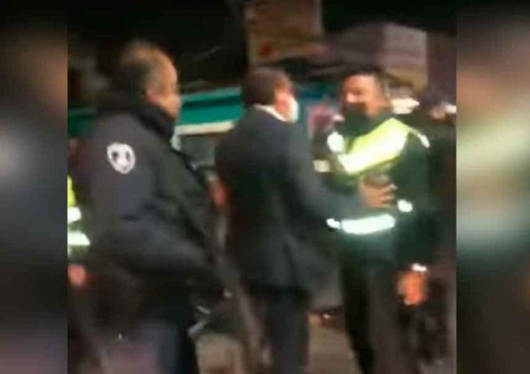 Rogelio López Maya encargado de SSP en Puebla arma show policiaco por andar de jarra