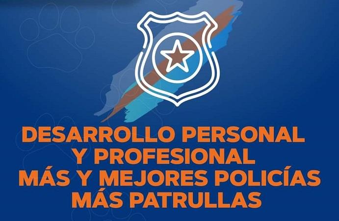 Más equipamiento y capacitación policial propone Leo Montañez