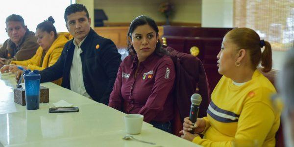 Atenderá Montserrat Caballero denuncias de abandono en Parque Morelos