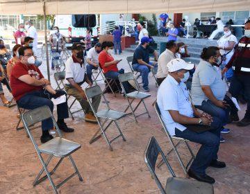 México comenzará la vacunación de maestros a partir del 20 de abril