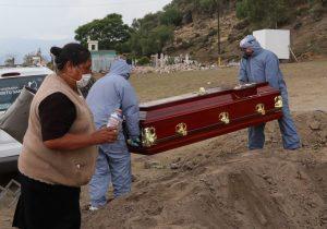 Con un mejor desempeño, México pudo evitar 190 mil muertes por covid-19: estudio