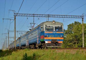 Usan trenes en India para aislamiento de enfermos de COVID-19