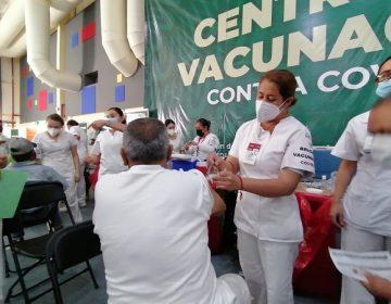 Vacunarán a adultos mayores con apellidos M, N, O, P y Q este viernes