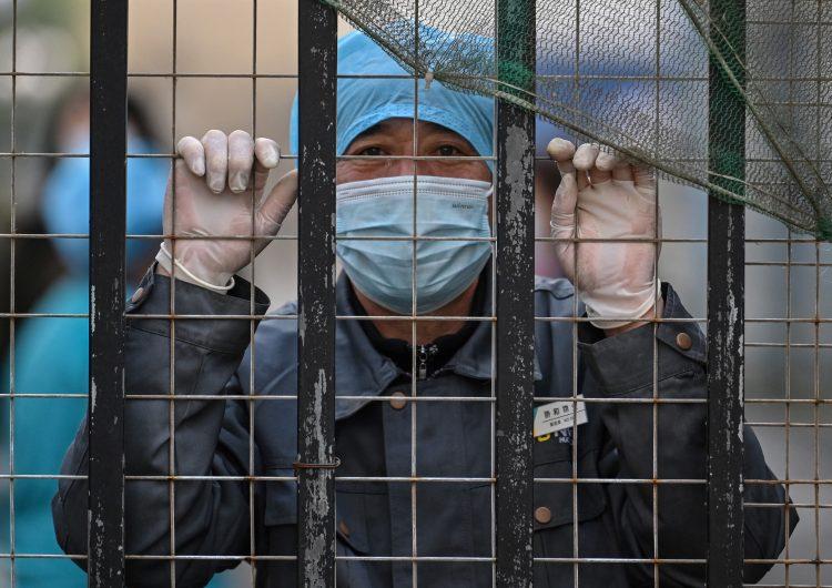 En 2019 tres científicos enfermaron de covid-19, denuncia EU; es mentira, responde China