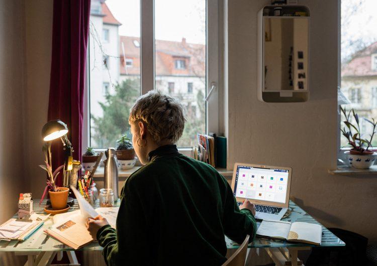 Trabajar más de 55 horas semanales aumenta el riesgo de muerte: OMS