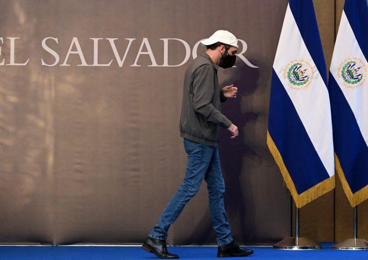 Destitución de magistrados y fiscal socava gravemente la democracia y el Estado de derecho en El Salvador: Bachelet